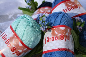 Järbo 8.4 vårbild blå m logga